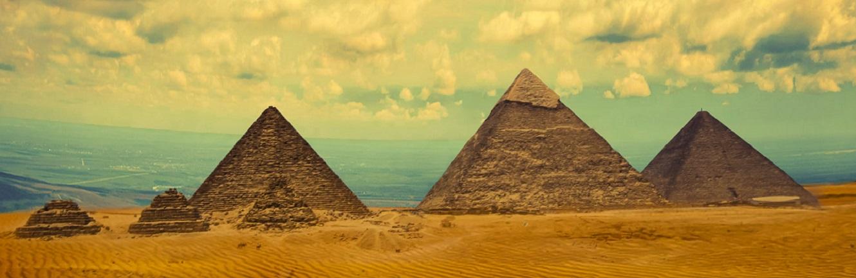 Day Tour to Pyramids, Memphis and Sakkara