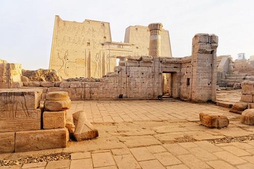 Luxury Oberoi Zahra Nile Cruise and Cairo