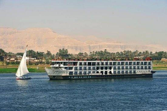 7 Nights / 8 Days Classic Nile Cruise map