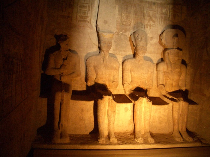 Overnight Tour to Abu Simbel from Aswan